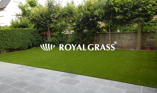 Project: Royal Grass Sense in tuin boven garages te Knokke